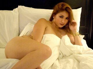Photos show anal lusciousAVA