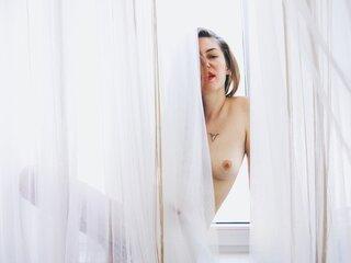Real shows pussy MariahPariah